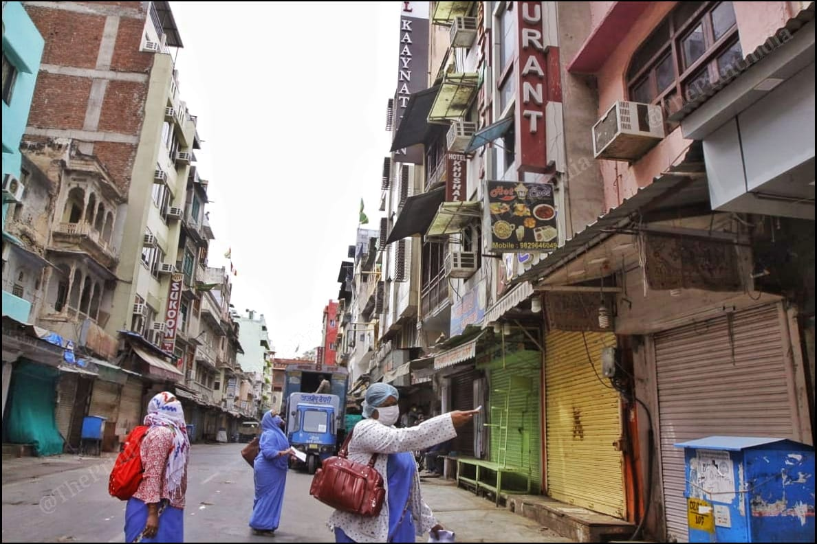 Health workers carry out a survey to track down Covid-19 cases in Ajmer during the lockdown | Praveen Jain | ThePrint