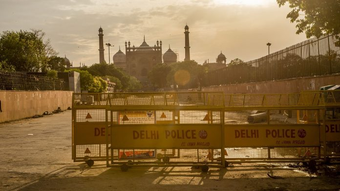 The closed Jama Masjid (Grand Mosque), as India remains under an unprecedented lockdown over the highly contagious coronavirus. | Bloomberg