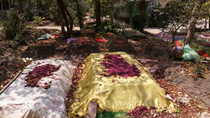 New graves at the Mhow Naka burial ground in Covid-19 hotspot Indore | Photo: Angana Chakrabarti | ThePrint