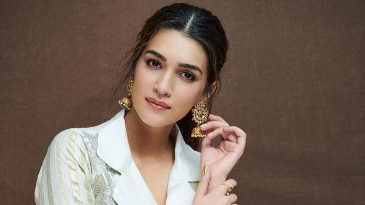 Kriti Sanon tests negative for Covid-19; thanks everyone for the 'warm wishes' and 'never-ending love'   Bollywood Bubble