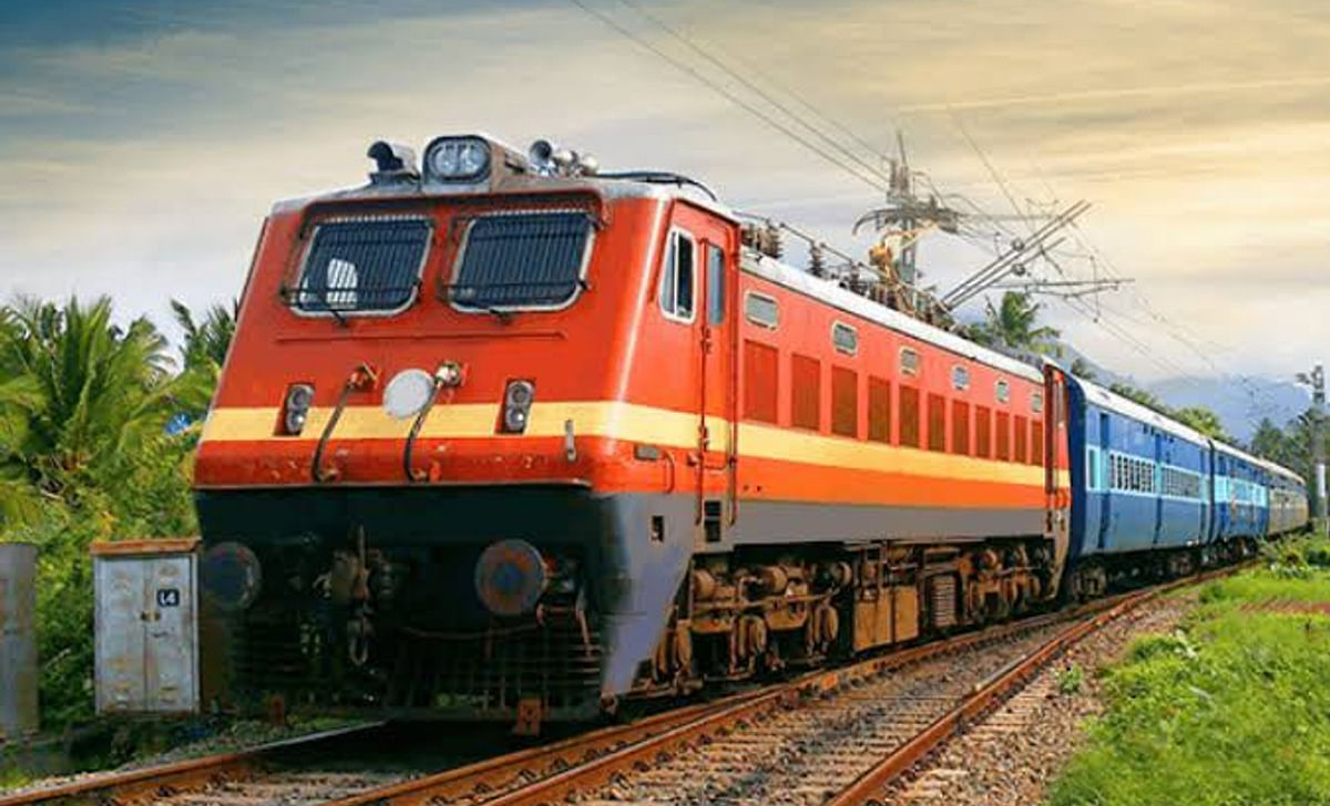 Railofy will give real-time PNR status of train tickets on WhatsApp