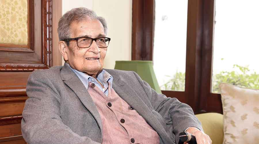 Xenophobia of Amartya Sen get a pass because he is not a fan of BJP