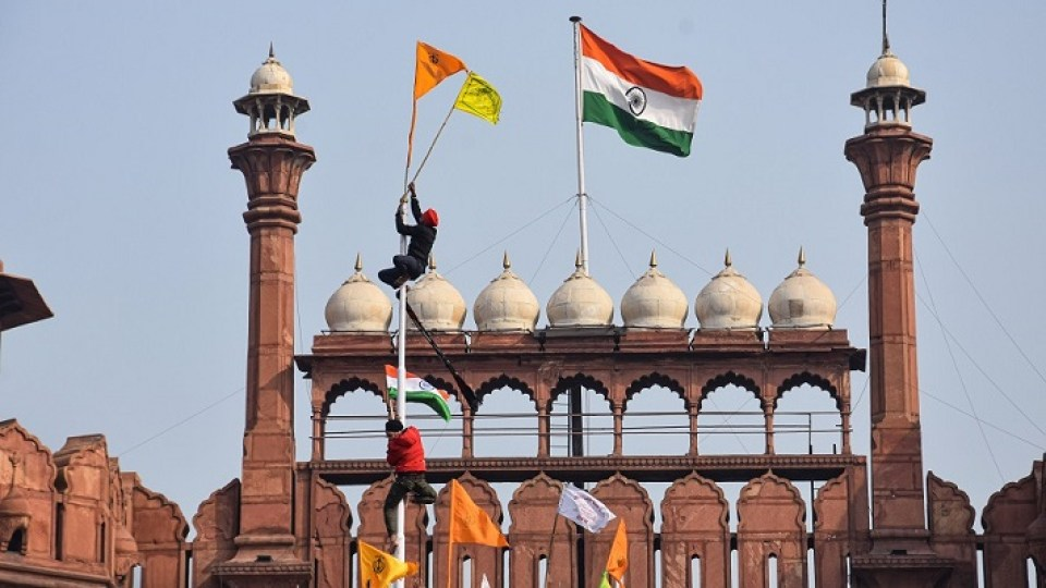 This man hoisted the flag of farmers on the Red Fort