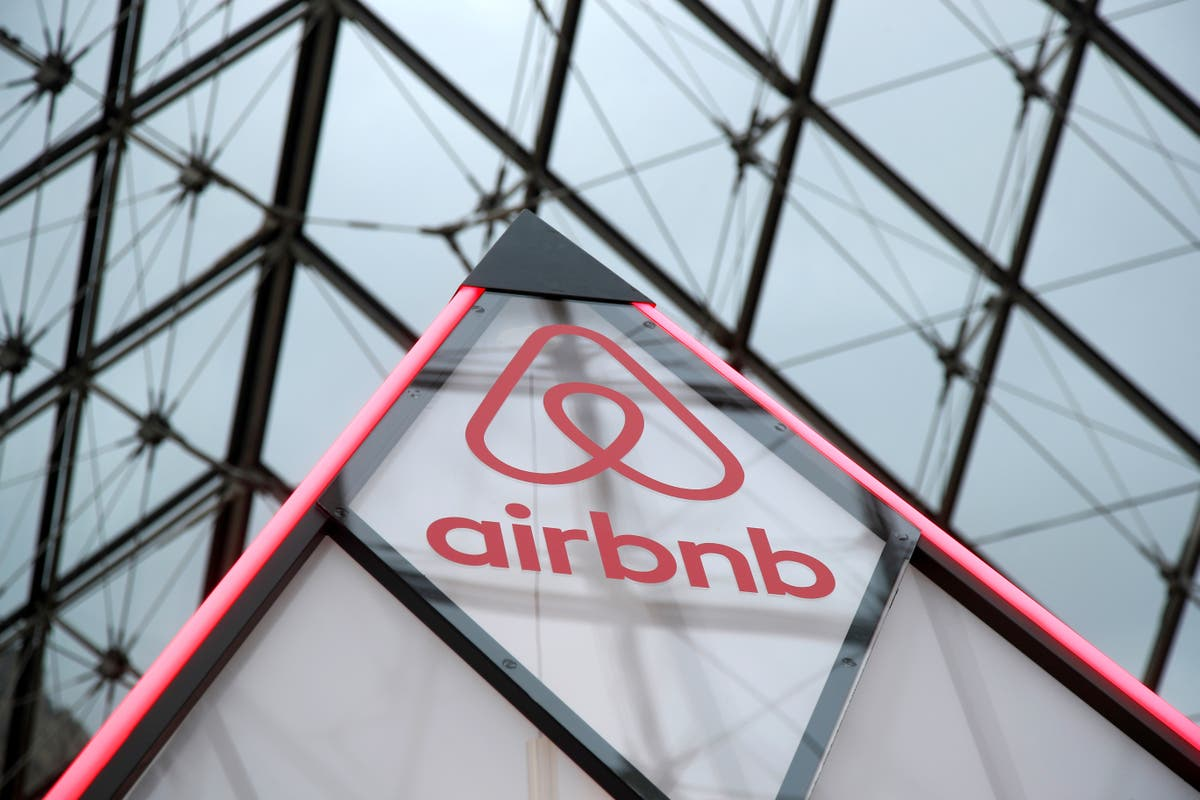 Airbnb posts £2.8bn loss in first report as public company as it suffers from pandemic travel downturn