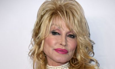 Dolly Parton: Only put up my statue When Life Is Good Again