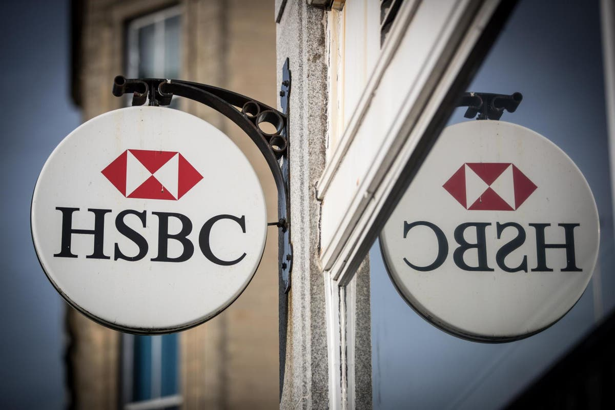 FTSE 100 to rise as HSBC pledges to start paying its dividend again