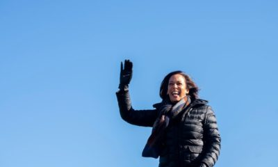 Kamala Harris seen working out on Lincoln Memorial steps