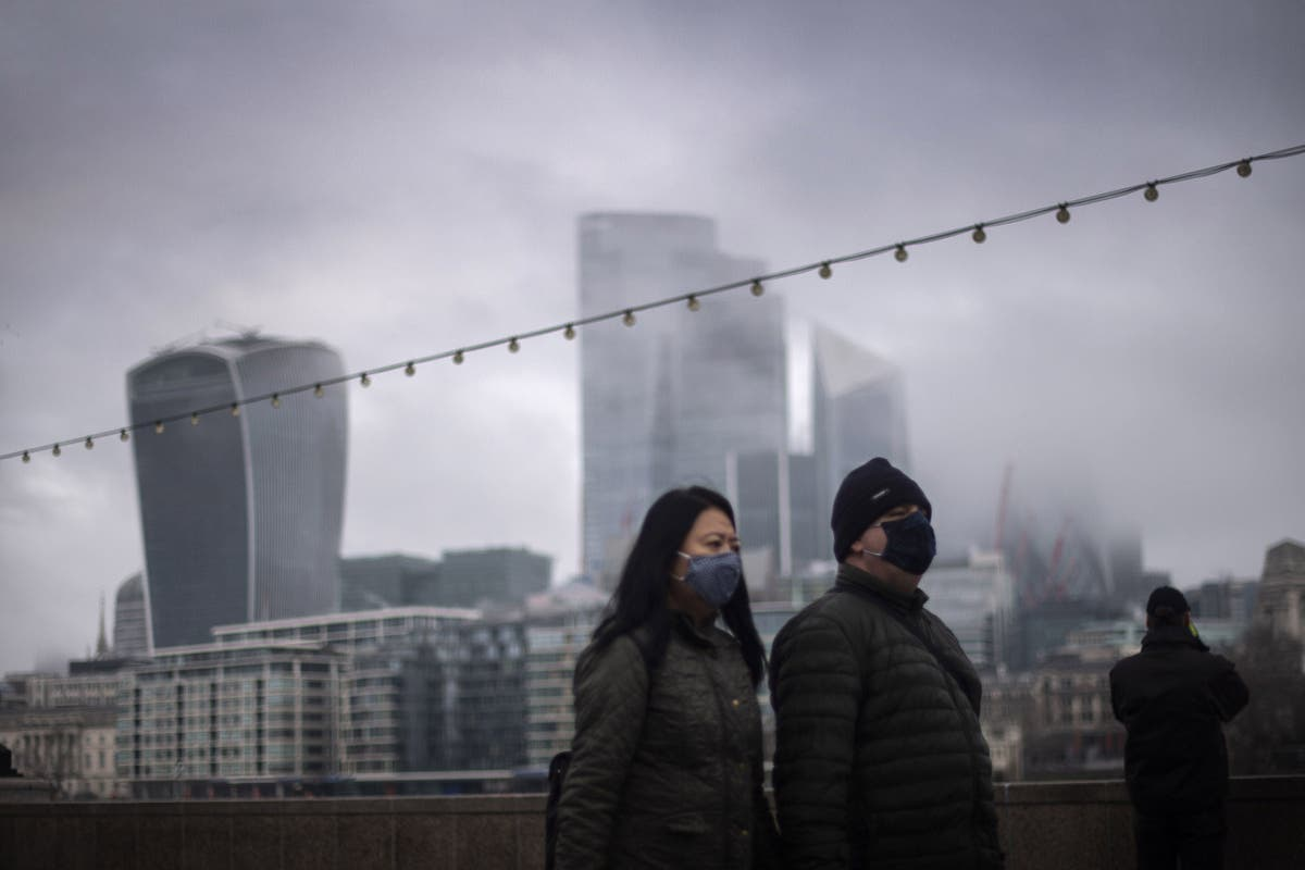 Pandemic bite sees 'a quarter of Britons struggling financially', new FCA report suggests