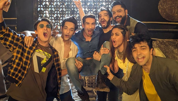 Surbhi Chandna,Sharad Malhotra and Mohit Sehgal bid adieu to Naagin 5 | Bollywood Bubble