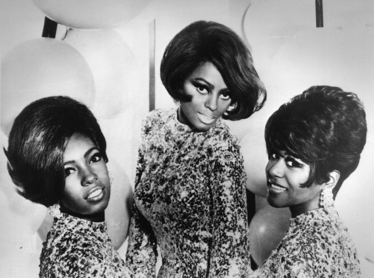 The Supremes star Diana Ross pays tribute to bandmate Mary Wilson