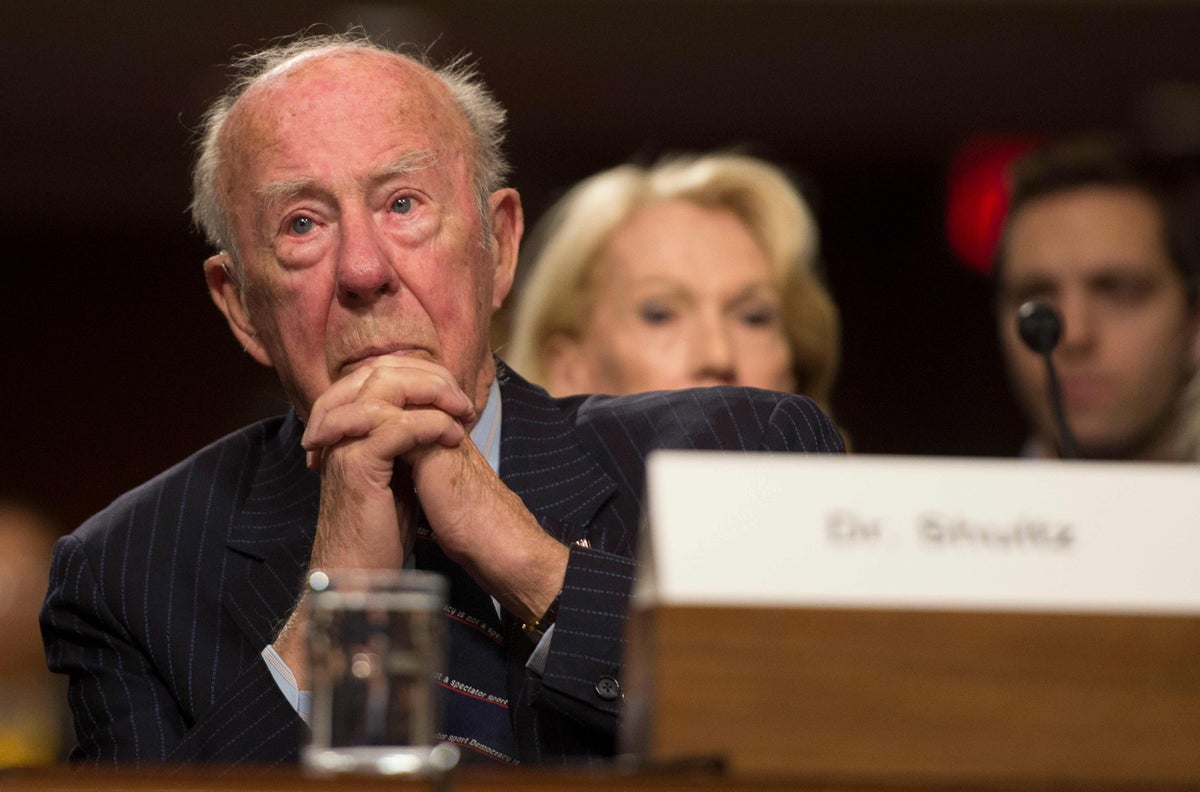 Tributes to George Shultz, former US diplomat who helped end Cold War