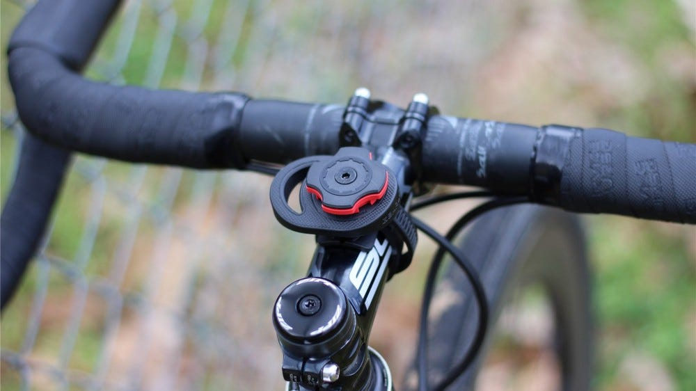 The stem mount attached to a Cannondale CAADX gravel/cyclocross bike.