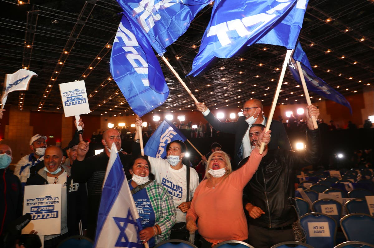 Exit polls indicate no clear winner in Israel election