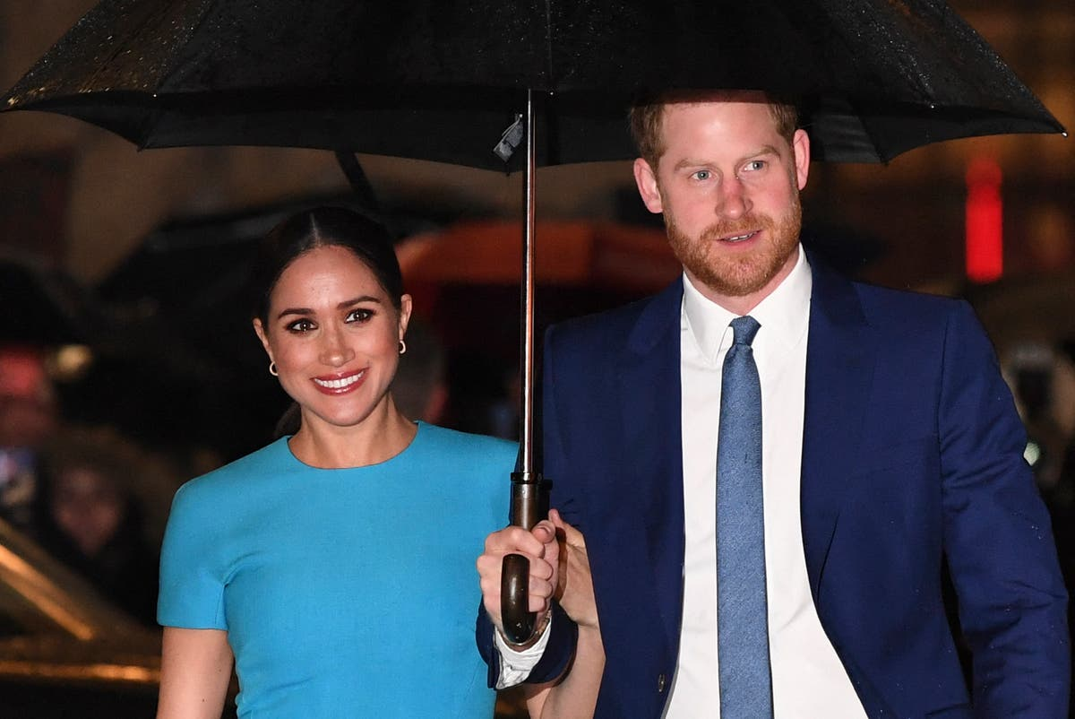 Harry and Meghan suggest how to mark Women's Day with acts of kindness