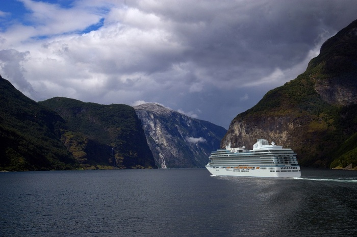 Oceania Cruises names first Allura-class ship
