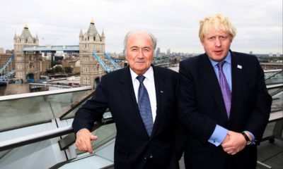 <p>Boris Johnson and Sepp Blatter in 2010 ahead of England's doomed World Cup bid</p>