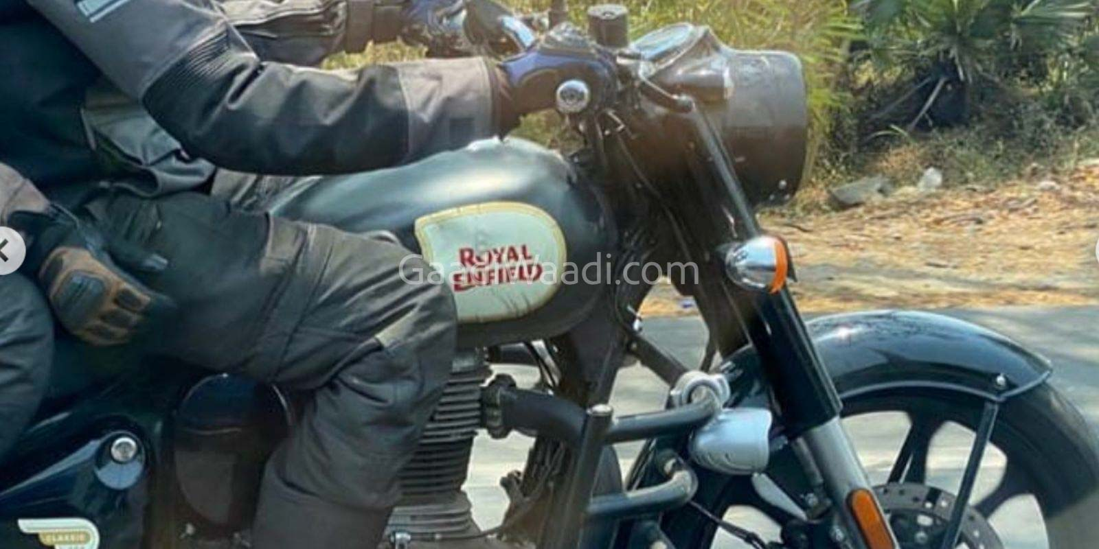 2021 Royal Enfield Classic 350 Alloy Wheels 11