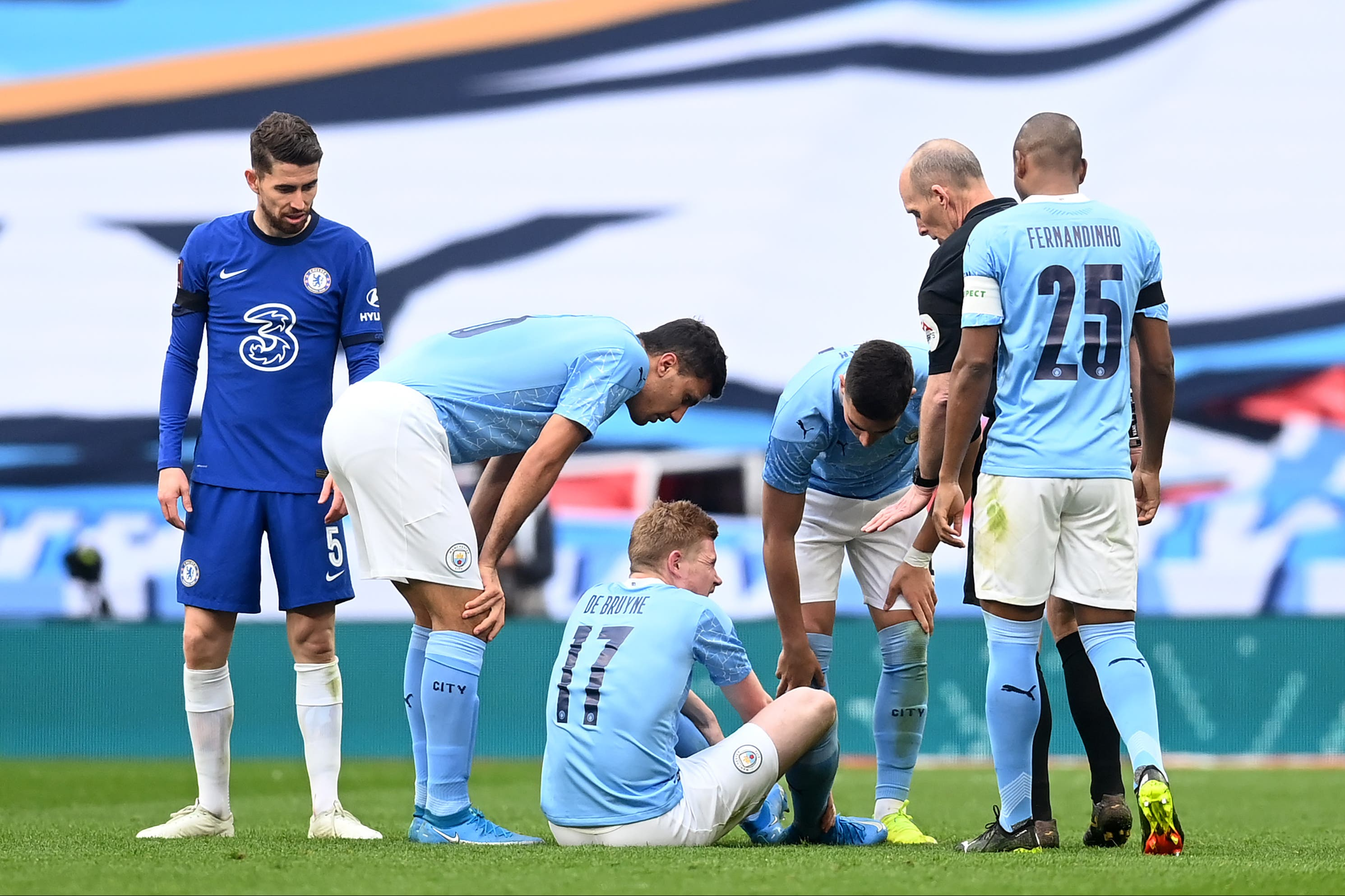 <p>De Bruyne could return for City</p>