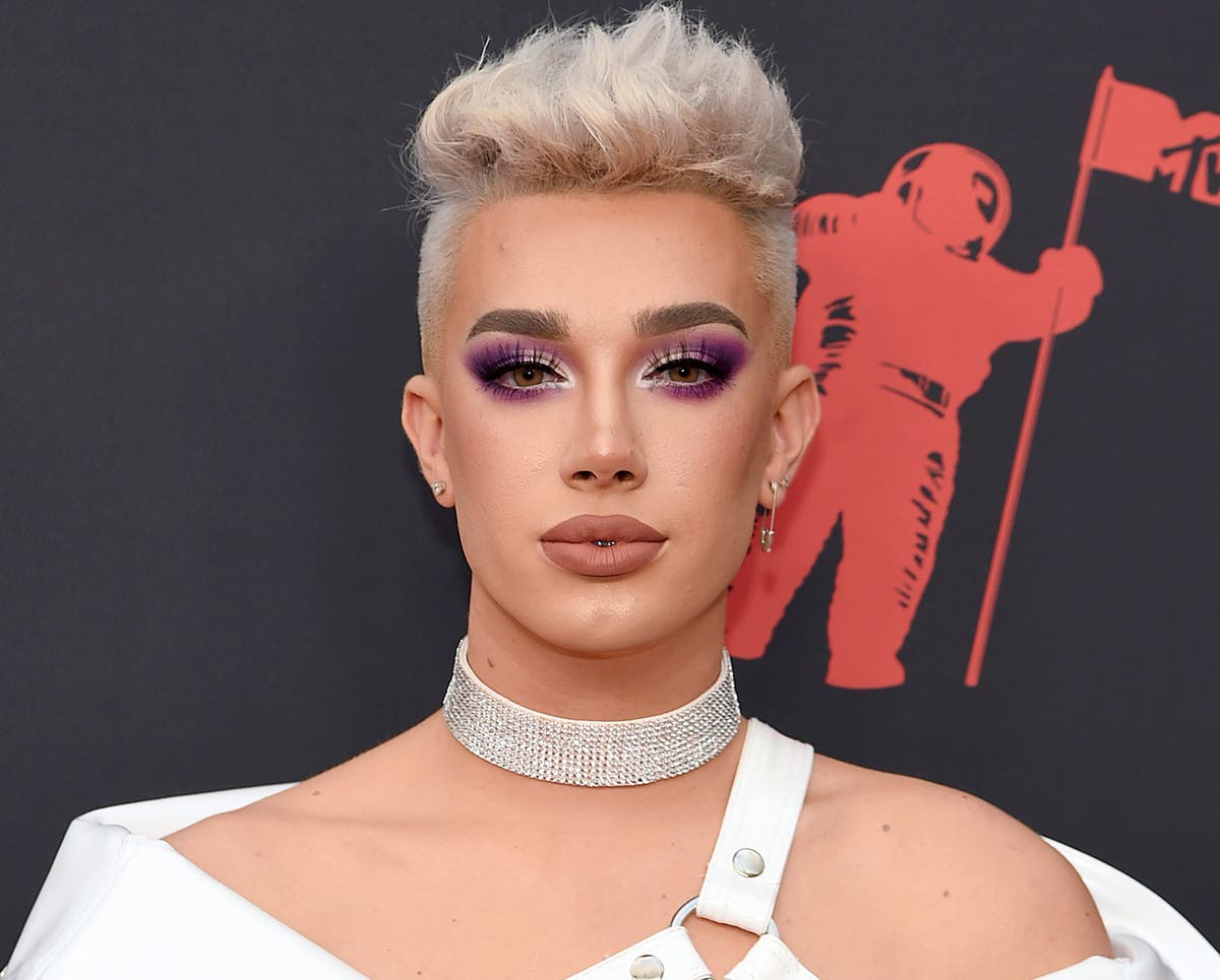 YouTube star James Charles admits messaging 16-year-old boys