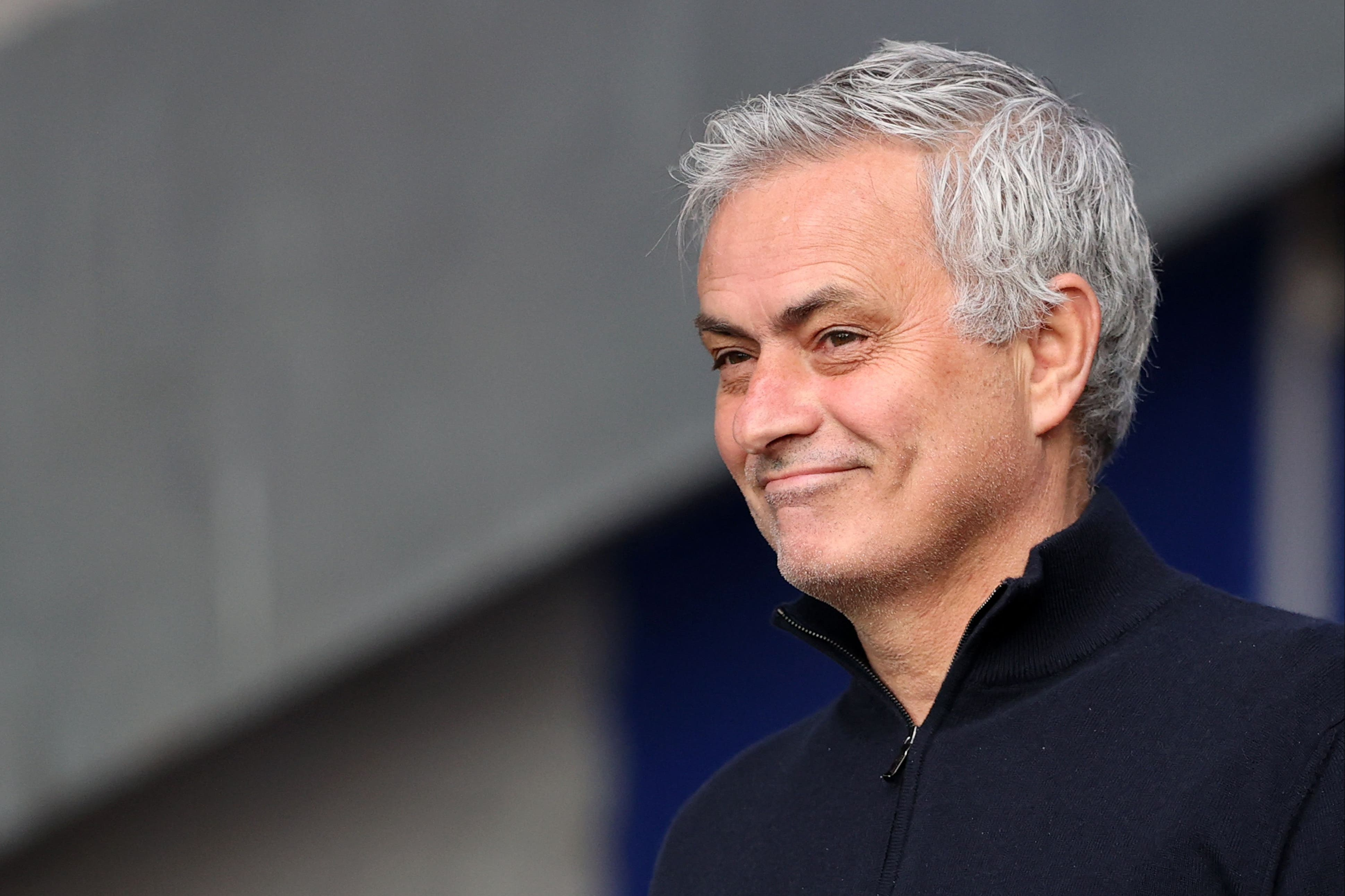 Paulo Fonseca praises Jose Mourinho as the Special One overshadows AS Roma vs Manchester United