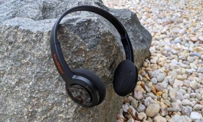 Sound Blaster Jam V2 headphones against rocky background