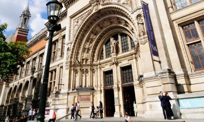 V&A job cuts risk losing '1,000 years of expertise', union says