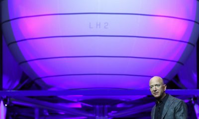 Jeff Bezos to fly on his company's first human space launch