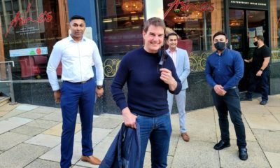 Tom Cruise goes almost unnoticed as he spends two hours in curry house