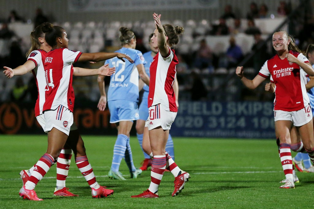 Arsenal 5-0 Man City: Five-star Gunners replace Tottenham at WSL summit after rout